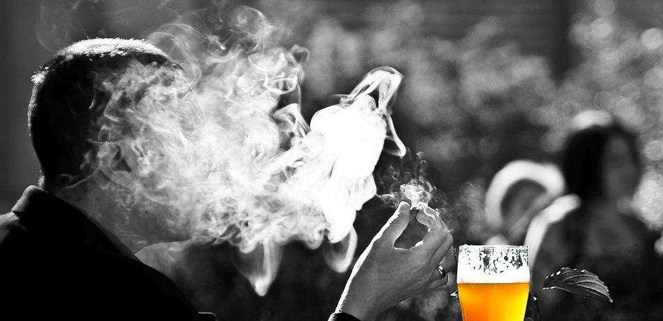 Beitragsseite 6 Gründe warum wir Lotto und Tabakfirmen fördern Aberglaube - 6 Gründe, warum wir Lotto- und Tabakfirmen fördern